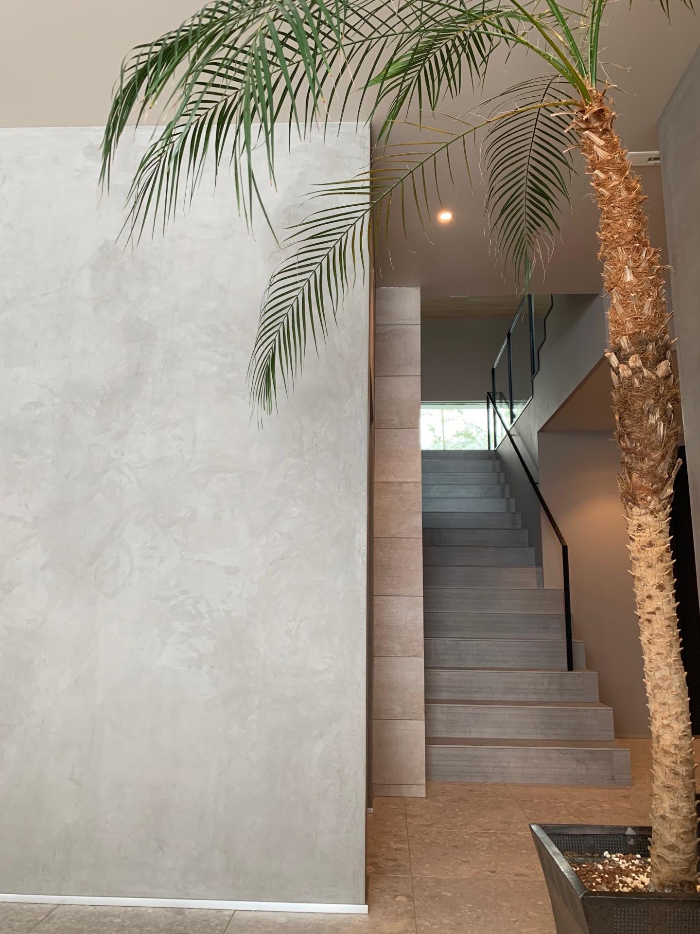 階段(1F-A)